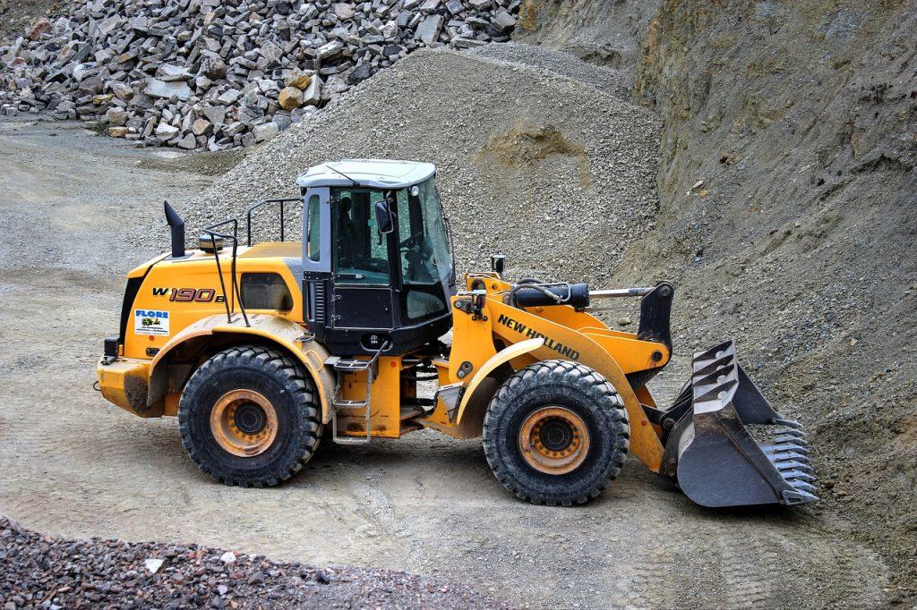 wheel-loader-2319481_1280-1024x682